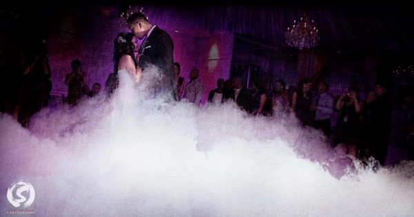 Dancing wedding love passion